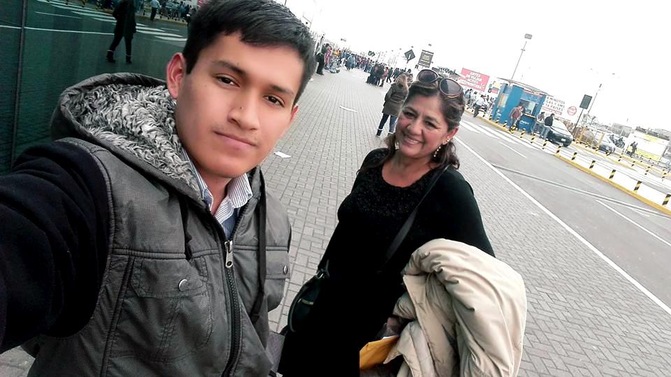 A l'Aéroport de Lima (Pérou)